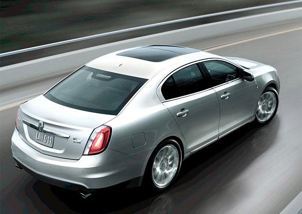 Lincoln MKS a Ford Taurus trp� net�snostmi palivov�ch n�dr��