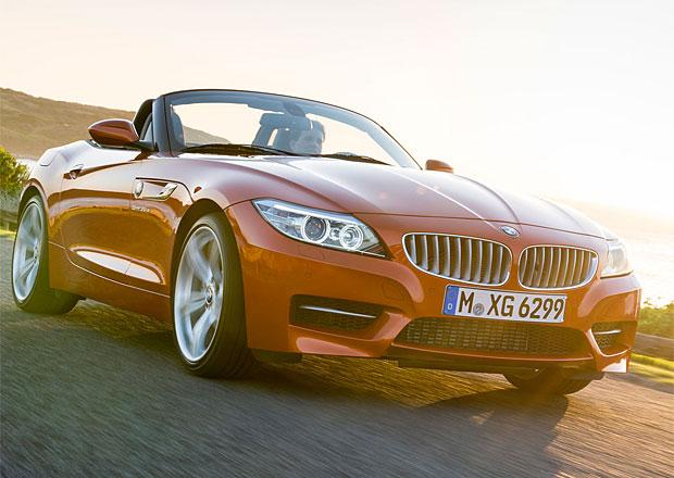 BMW Z4 sDrive18i stojí 893 tisíc, o 114 tisíc méně než nejlevnější SLK