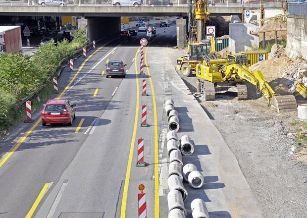 Kraje dostanou čtyři miliardy na opravy silnic, má to ale háček...
