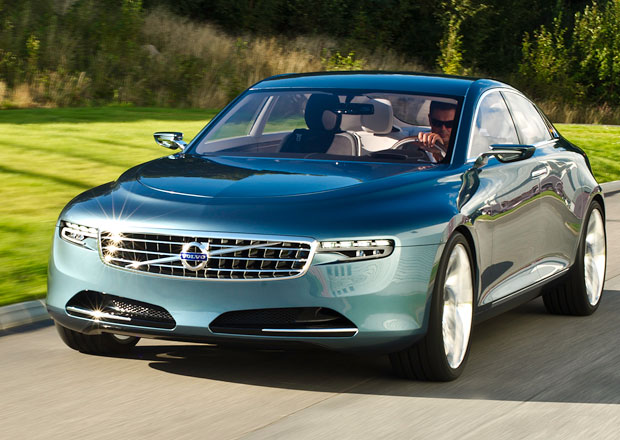 Volvo vzdalo honbu na Mercedes-Benz třídy S