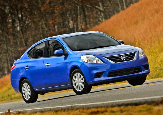 Nissan Versa 2014: Nejlevnější auto v USA stojí 240 tisíc