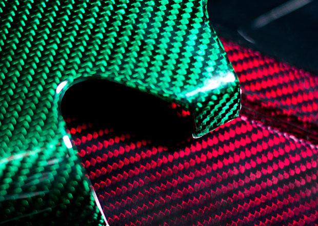Prodrive vyvinul barevné karbonové kompozity