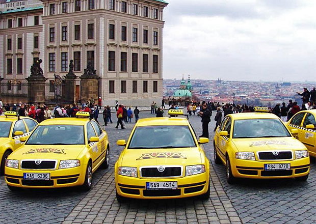Student Agency bude provozovat taxi v Praze