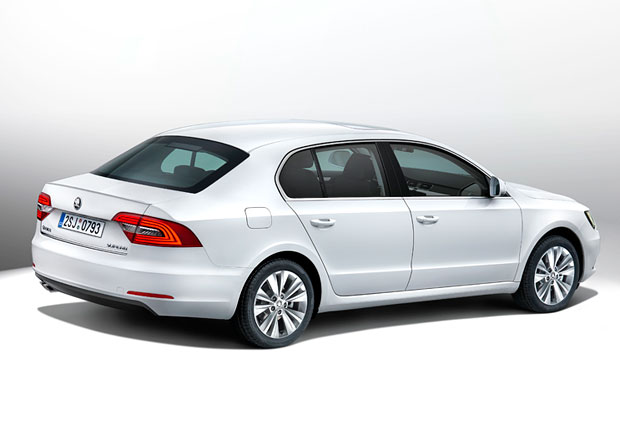 Faceliftovaná Škoda Superb: Liftback 1.4 TSI/92 kW od 539.900,-