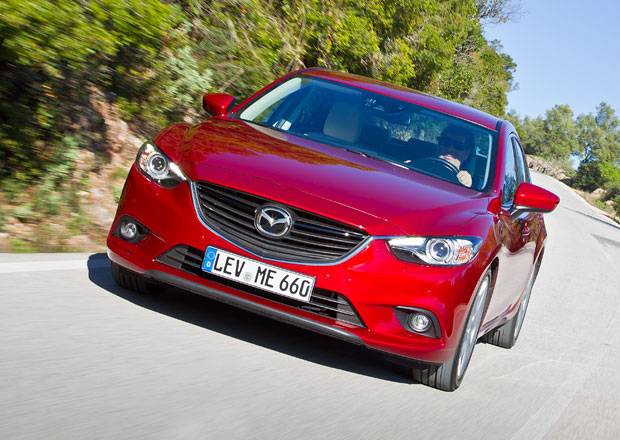 Mazda 6 je japonsk�m Autem roku 2014