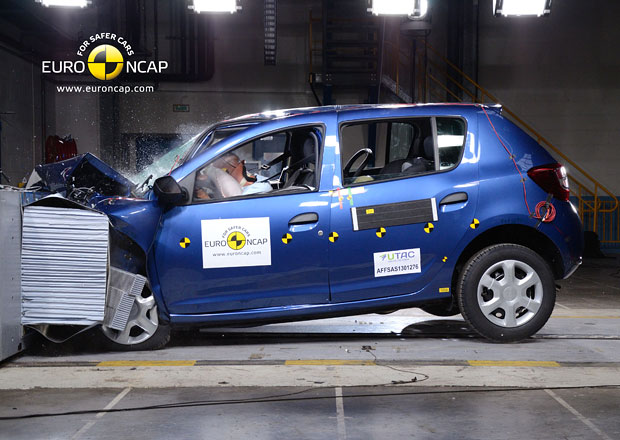 Euro NCAP 2013: Dacia Sandero � �ty�i hv�zdy mus� sta�it