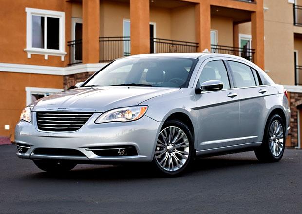 Chrysler 200 se postaví Fordu a Toyotě