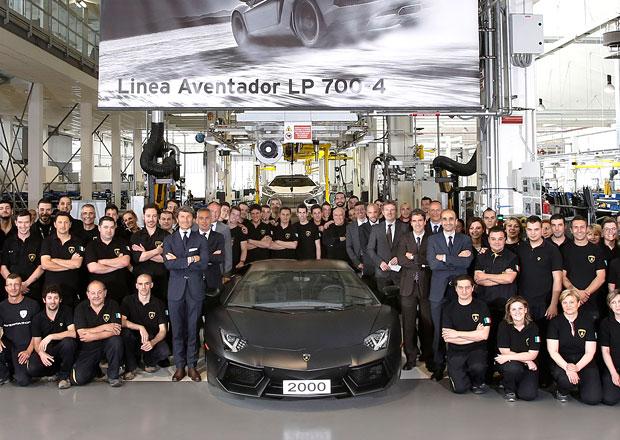 Lamborghini Aventador přepisuje historii značky, za dva roky se vyrobilo už 2000 ks