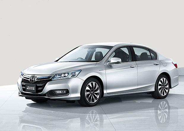 Honda Accord Hybrid: Se spotřebou 3,3 l na 100 km