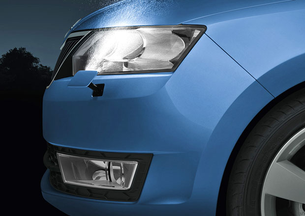 Letní ceník Škody Rapid: Xenony za 10.000 Kč a levnější turbodiesel