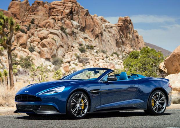Nový Aston Martin Vanquish dostal plátěnou střechu a tradiční jméno Volante