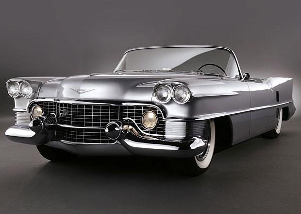 Design vozidel Cadillac: Oploutvení průkopníci
