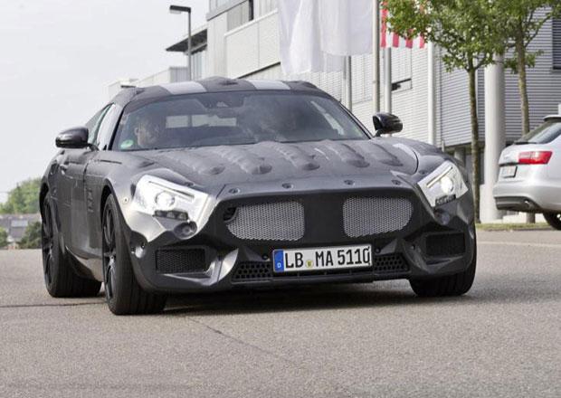 Mercedes-Benz SLC: Nástupce SLS AMG na oficiálních špionážních fotkách