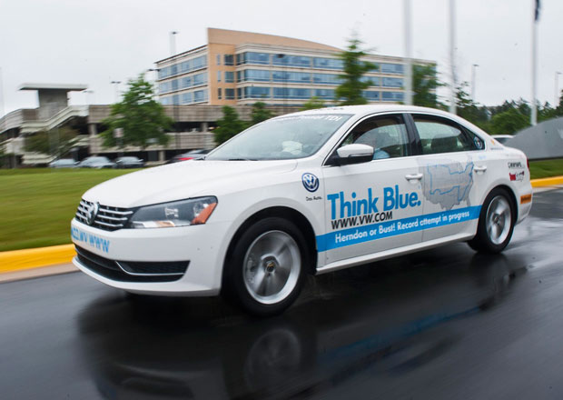 Rekordní jízda Volkswagenu Passat TDI napříč USA