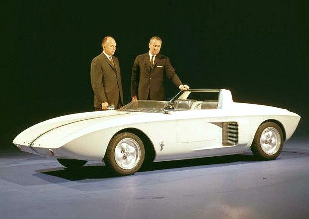 Ford odhaluje archivní fotky a video prvního konceptu Mustangu
