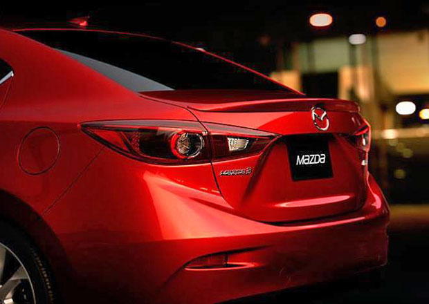 Mazda 3: Takto bude vypadat sedan