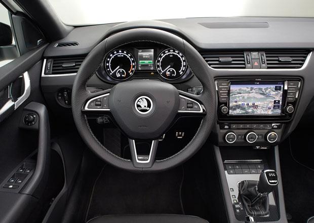 Škoda Octavia RS: Oficiální fotografie interiéru + nové foto kombi