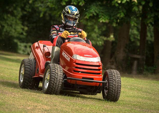 Honda Mean Mower: Nejrychlejší sekačka světa jede přes 210 km/h