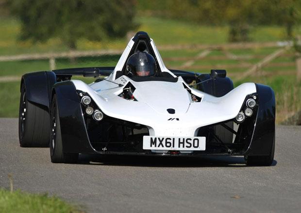 BAC Mono na okruhu Top Gearu pokořil MP4-12C, Aventador i Veyron