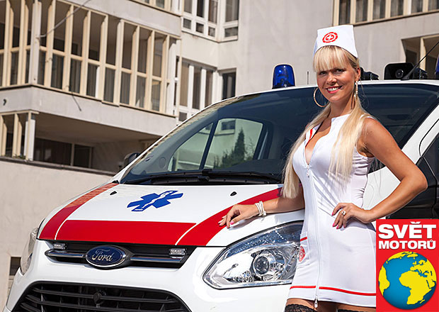 Sestra Gábina v akci: sanitka Ford Transit Custom Kombi 310 L2
