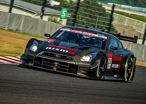 Nissan GT-R Nismo GT500 je tak� �DTM kompatibiln�