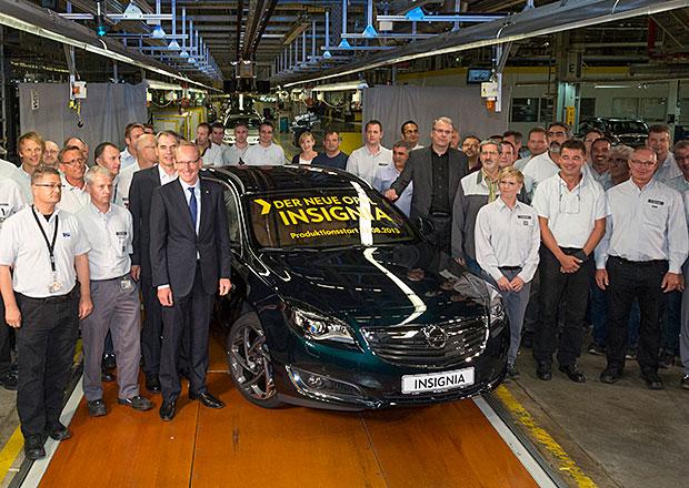 Opel spustil výrobu modernizované Insignie
