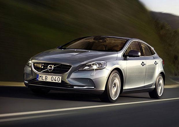 Nizozemský trh v červenci 2013: První je Volvo V40