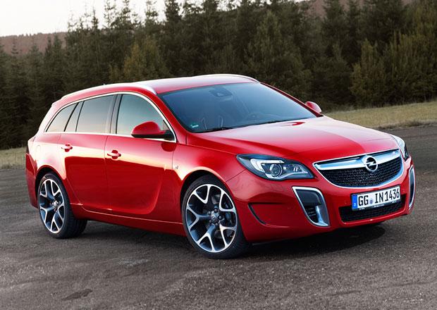 Opel Insignia OPC je po faceliftu, výkon 239 kW zůstává