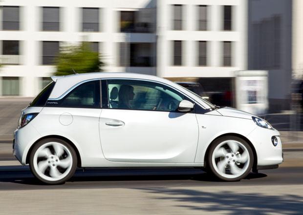 Opel Adam Black Link a White Link: Chytrý Adam pro Frankfurt (+video)