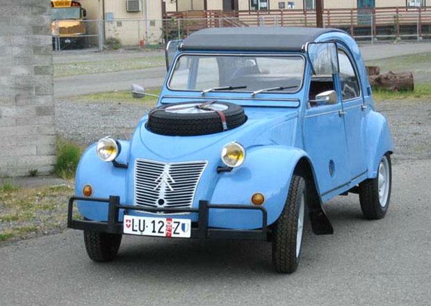 Srpen na Veterán.auto.cz: Fiat 124 a jeho ruští následníci