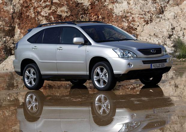 Toyota a Lexus ve světě stahují k opravám 369.000 vozů, týká se i ČR