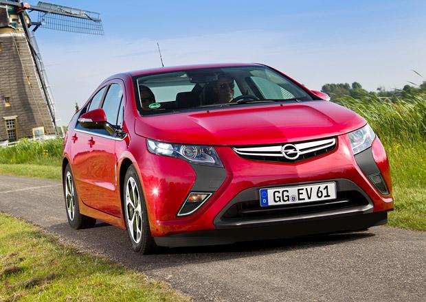 Opel Ampera 2014 dramaticky zlevnil, začíná na 38.300 euro