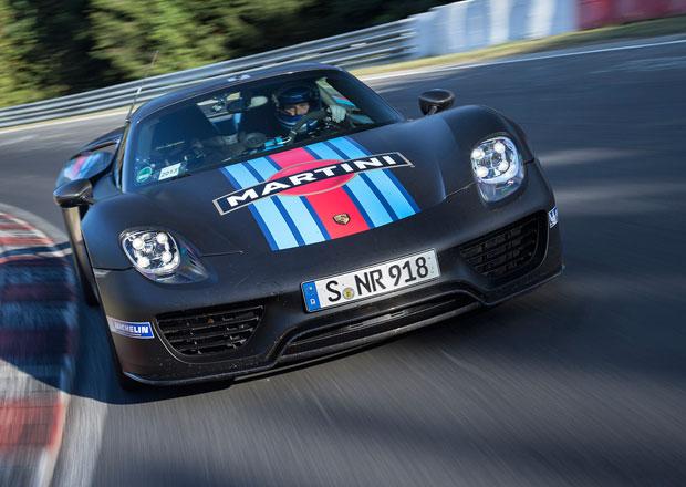 Porsche 918 Spyder pokořilo sedm minut na Nürburgringu (video)
