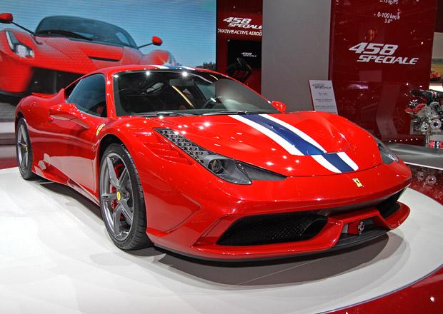 Ferrari 458 Speciale podrobně: Odlehčená Italia má 605 koní