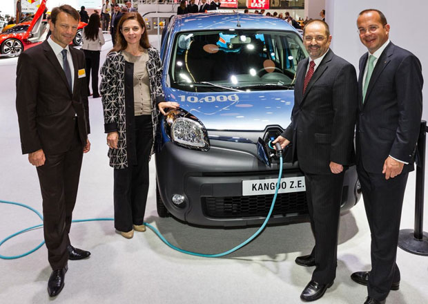 Renault oslavuje 10.000 Kangoo Z.E. přihlášených k provozu