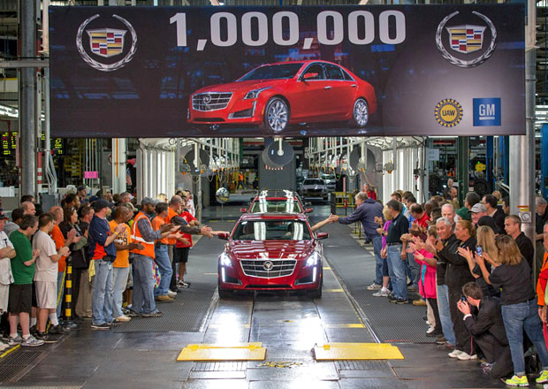 Miliont�m vyroben�m Cadillacem je CTS 2014