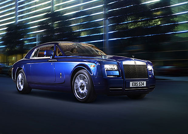Rolls-Royce zvažuje použití karbonu pro nejluxusnější modely