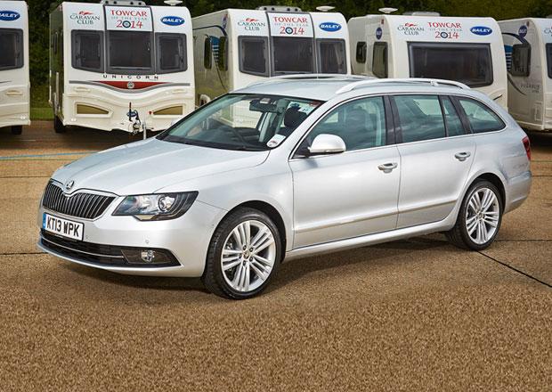 Škoda Superb je podle Britů nejlepším autem na tahání karavanů