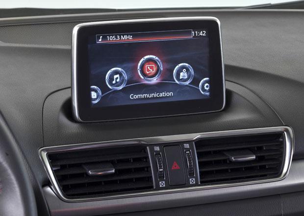 Mazda 3 poprv� se syst�mem MZD Connect