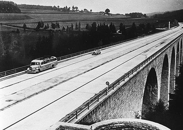 Německo: Hitlerovy dálnice mají 80 let