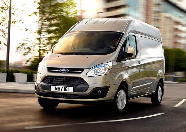 Ford Transit Custom s vysokou střechou míří na evropský trh