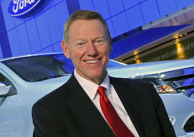 Alan Mulally zůstane v čele Fordu, k Microsoftu nepřestoupí