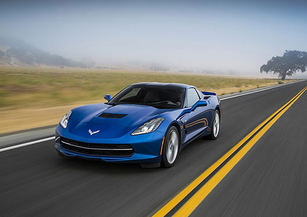 Chevrolet Corvette dostane pro rok 2015 osmistupňový automat