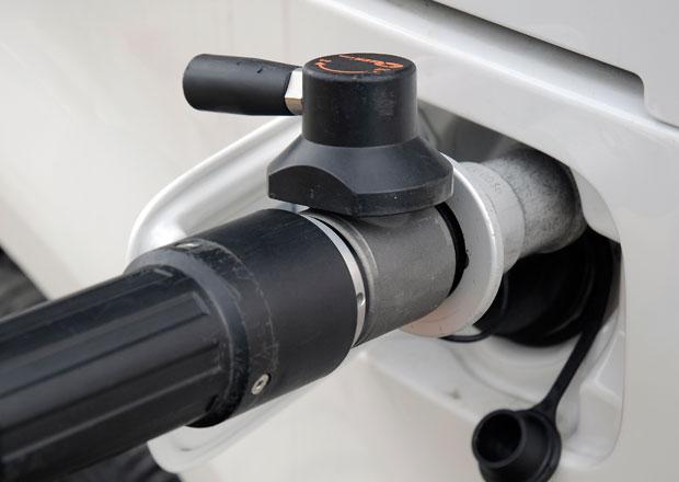 V Česku má do roku 2025 ročně přibývat 12.000 aut na CNG