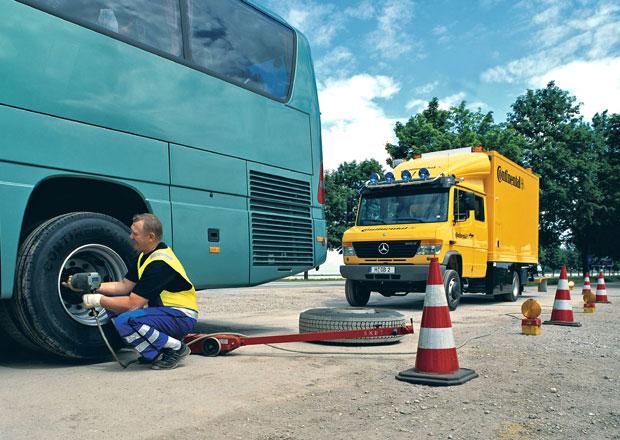 Pneumatiky pro zájezdové autobusy: Continental - Pro léto i zimu