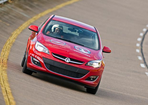 Opel Astra překonal 18 rekordů a je nejrychlejším dieselem světa