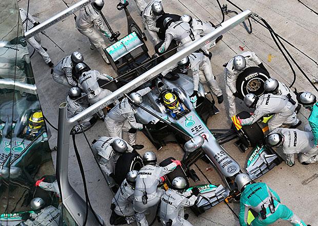 Mercedes GP je držitelem nejkratší zastávky v boxech