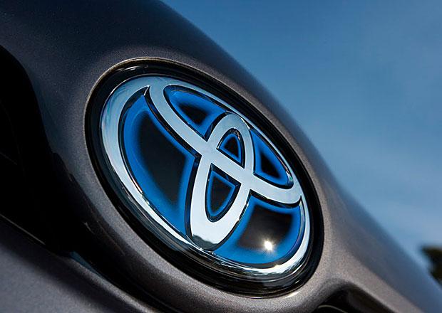 Toyota opět drtí konkurenci, 10 milionů prodaných vozů je na dosah