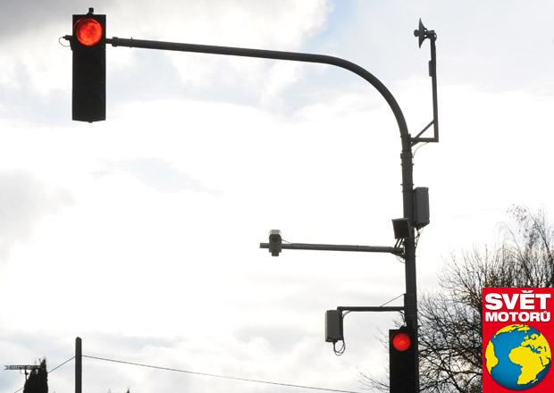 Inteligentní semafory: První je na paškále
