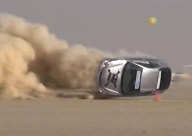 Video: Honda Insight a hrozivá nehoda v rychlostním závodě